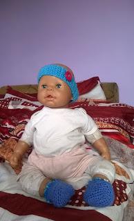 Opaska i buciki dla lalki