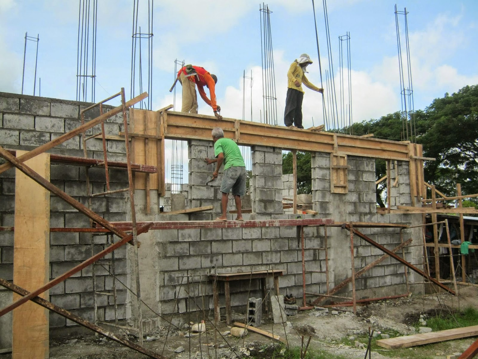 House construction house construction in philippines for Home building contractor