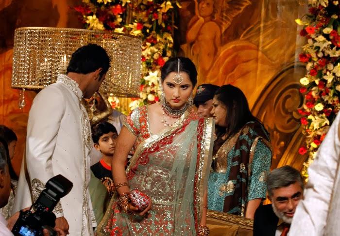Amazing Wallpapers Sania Mirza And Shoaib Malik Marriage Images