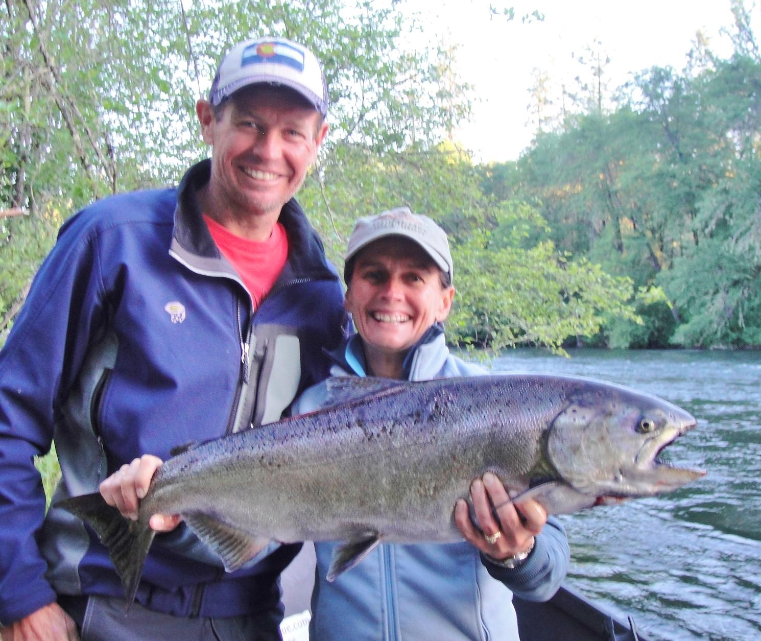 Oregon fishing guide rogue river salmon fishing fishing for Oregon salmon fishing