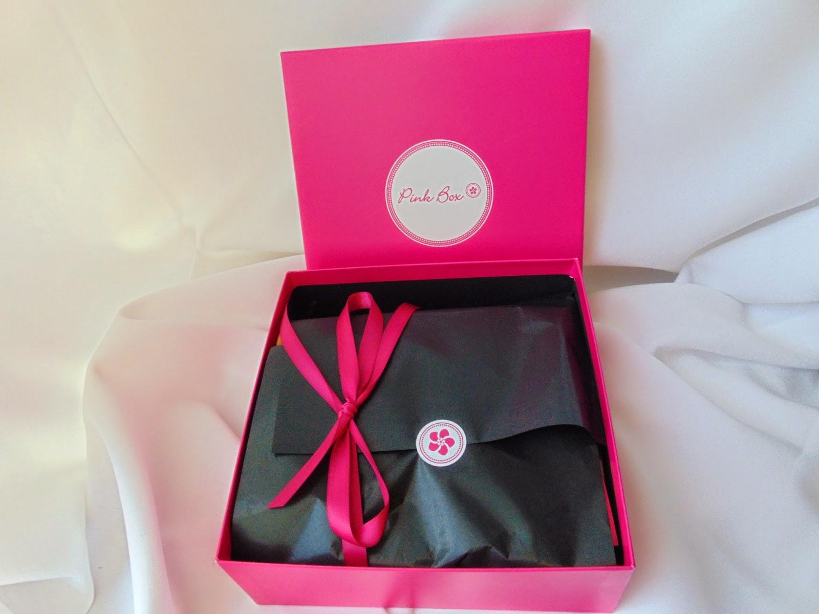 Pink Box vs. Glossy Box - März - www.annitschkasblog.de