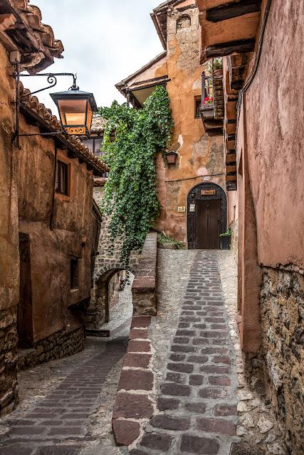 Albarracín :: Canon EOS5D MkIII | ISO400 | Canon 24-105 @24mm | f/5.0 | 1/500s