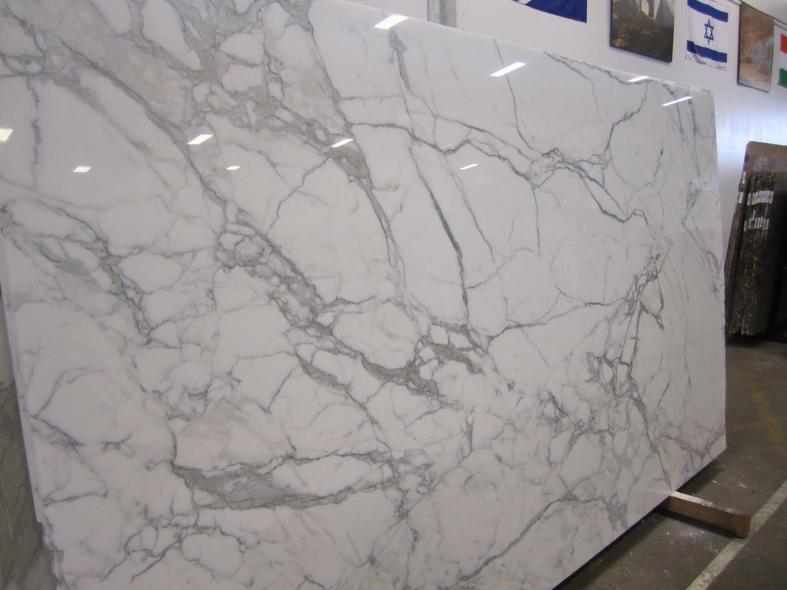 Usc Granite Calacatta Gold 120 X 69 118 X 69 121 X 70