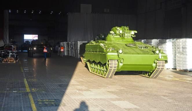 http://dangstars.blogspot.com/2014/11/tank-leopard-pesanan-indonesia.html