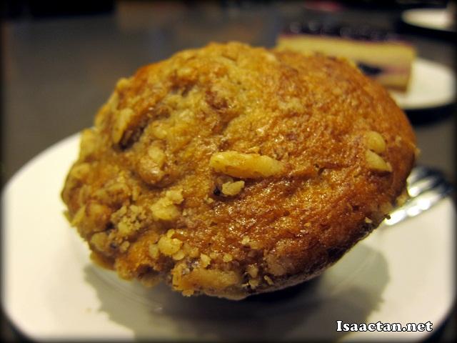 Banana Walnut Muffin - RM5.90