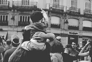 no_los_mires_unete