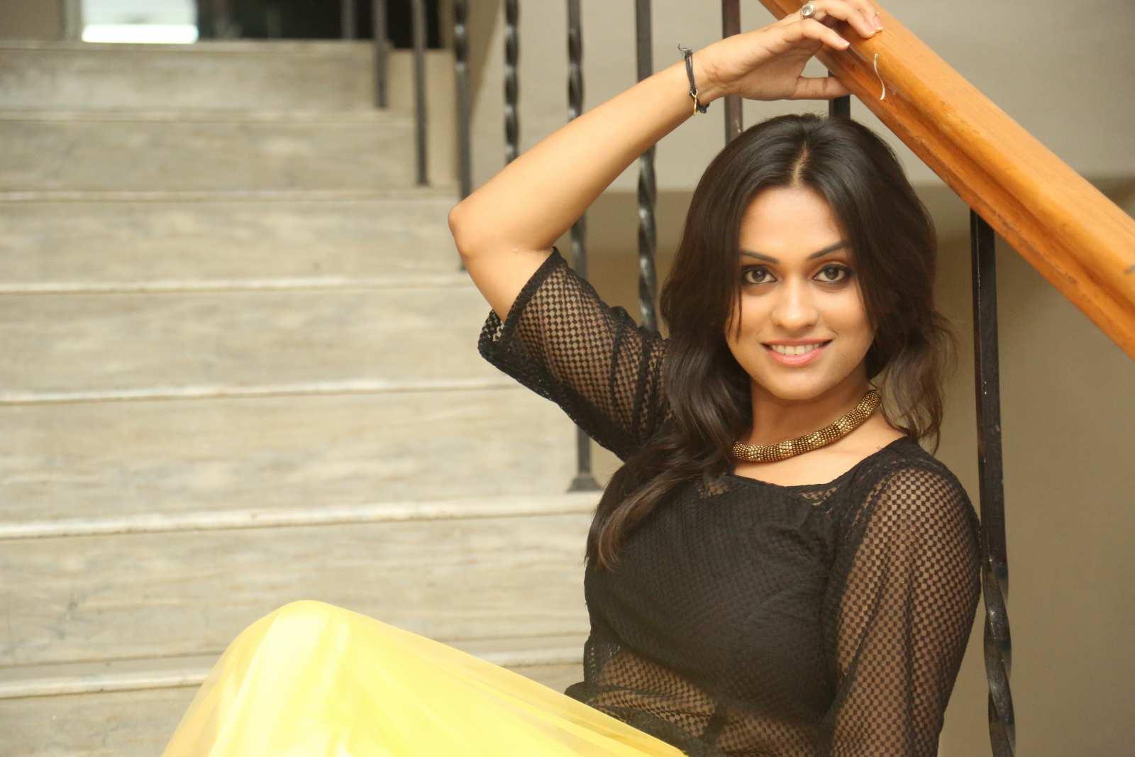Geetha bhagath dazzling photos gallery-HQ-Photo-4
