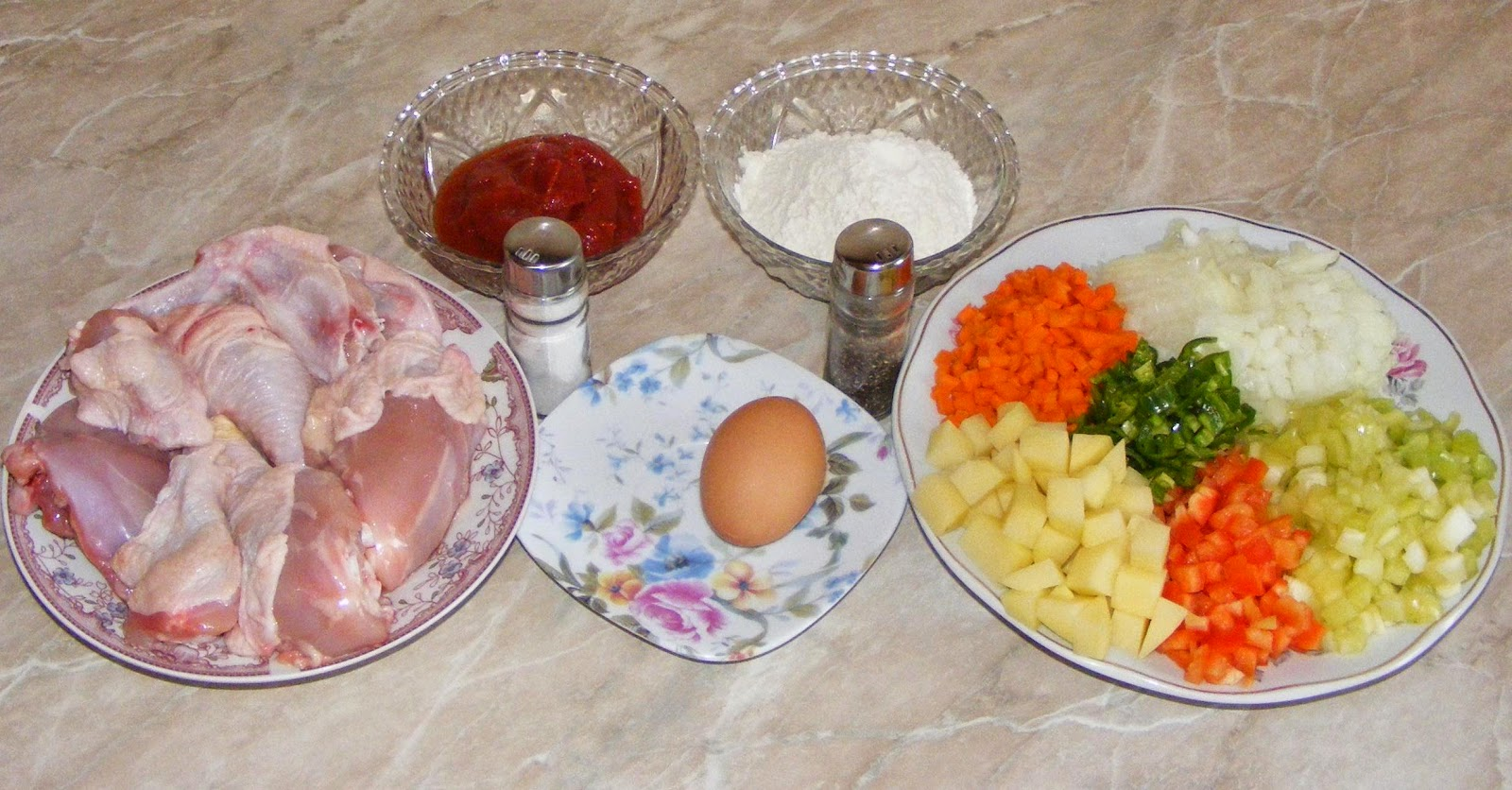 ingrediente gulas, ingrediente papricas, cum se prepara gulas, cum se prepara papricas, cum facem papricas sau gulas,