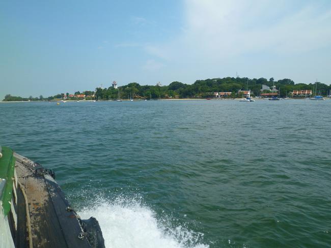 Nos volvemos y dejamos Pulau Ubin