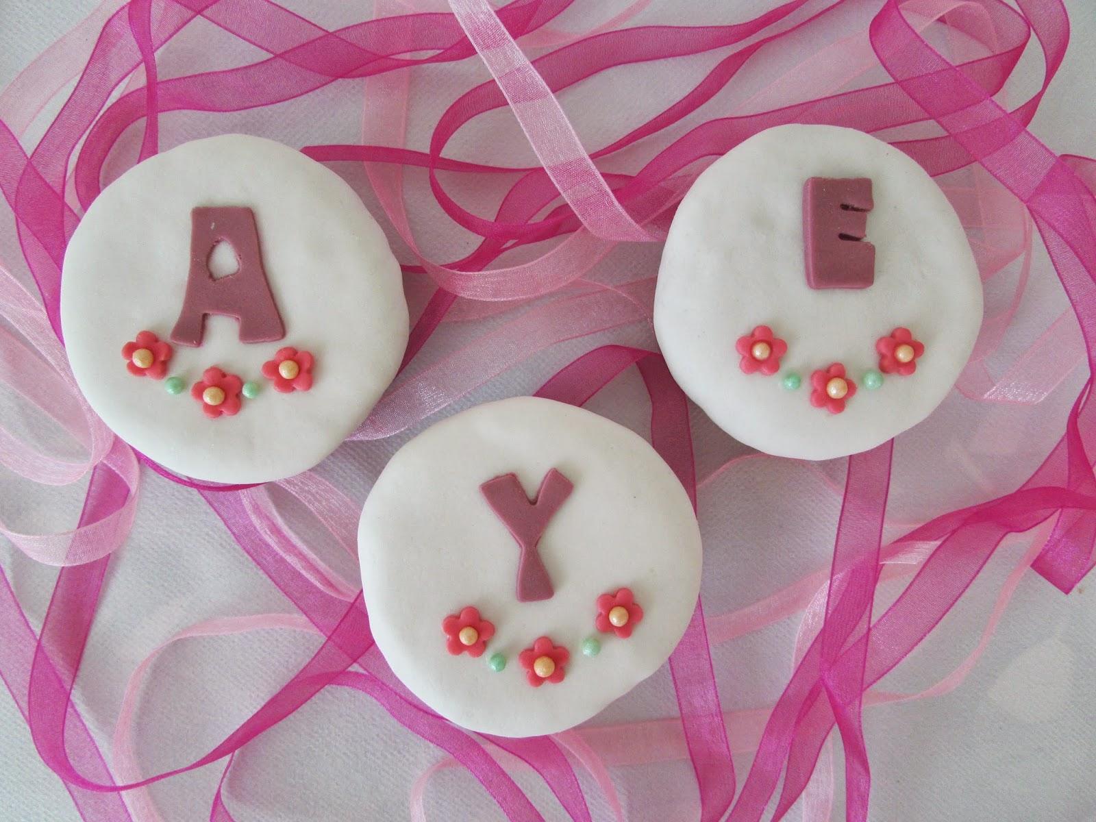 cupcakes-limon-letras-fondat