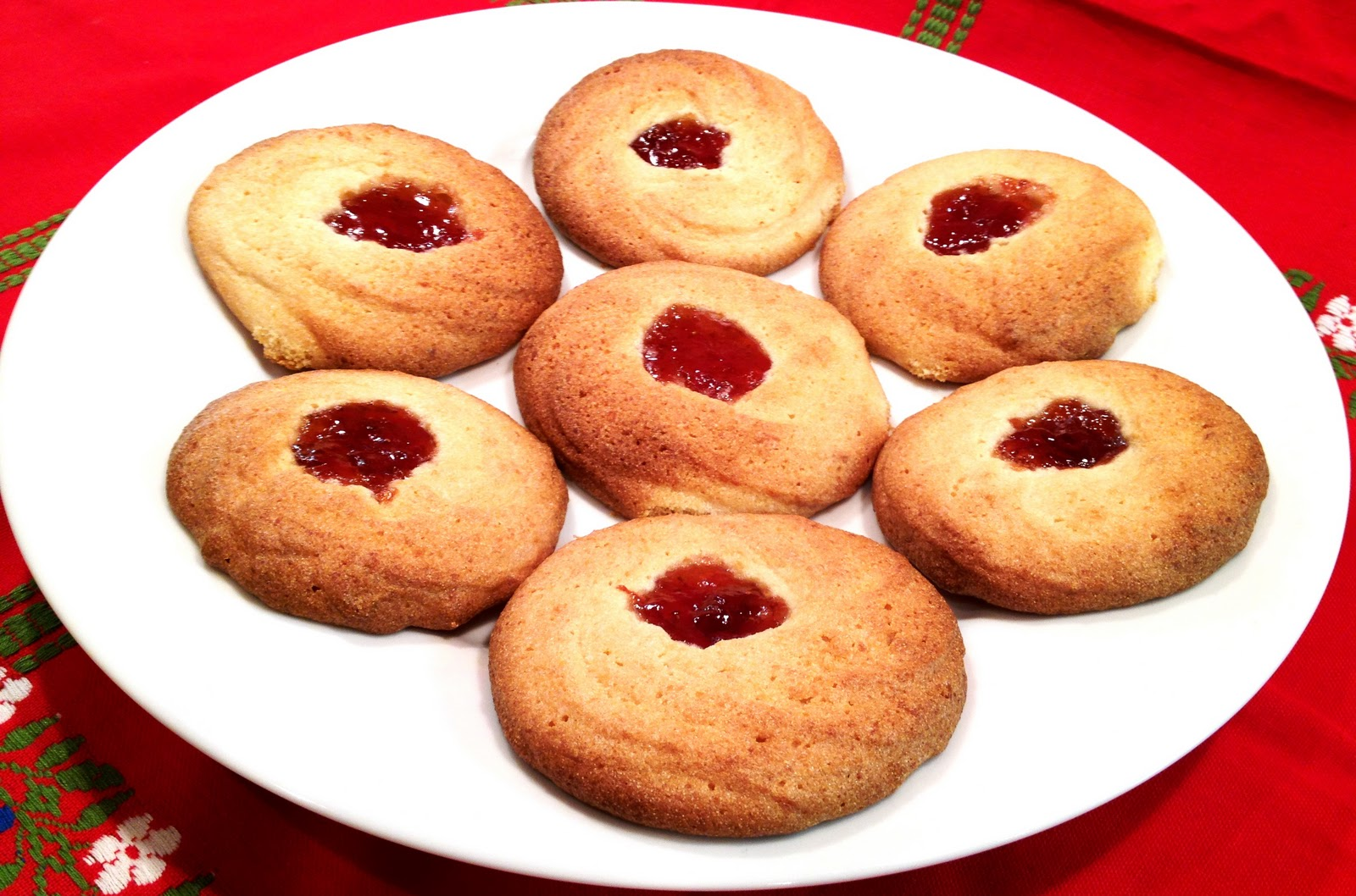 The Sensitive Epicure Spritz Cookies With Jam