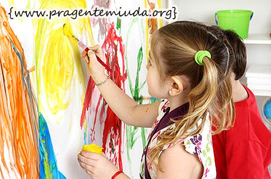 pintura a dedo é uma das mais fascinantes atividades para as