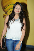 Nikita Narayan latest stills-thumbnail-12