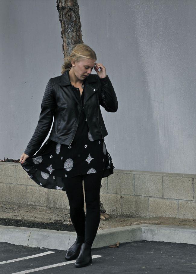 Shae Roderick, Chelsea Boots, leggings, style, OC Blogger