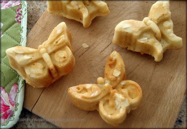 muffinki, babeczki, marcepan, muffinki z marcepanem