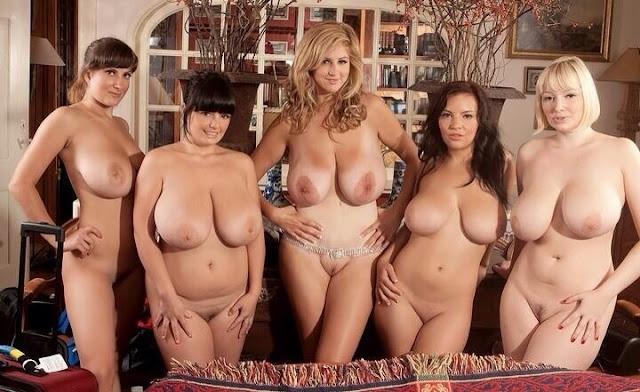 Nackte Frauen mit schweren Hänge Möpsen