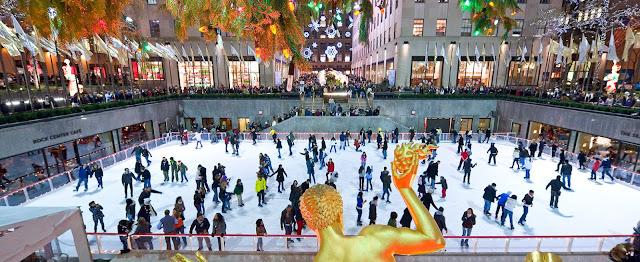 Pista de patinação do Rockefeller Center, em Nova York