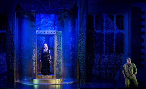 Fflur Wyn, Robert Murray - Lakme - Opera Holland Park - photo Robert Workman