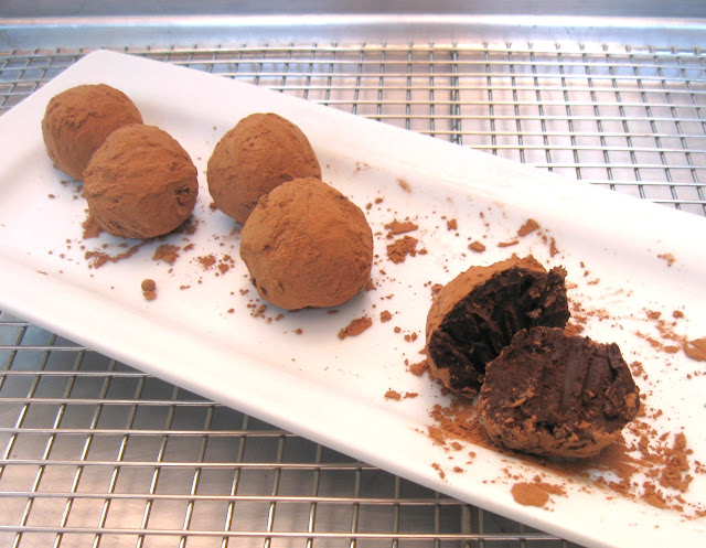 Recipe: Basic chocolate truffles