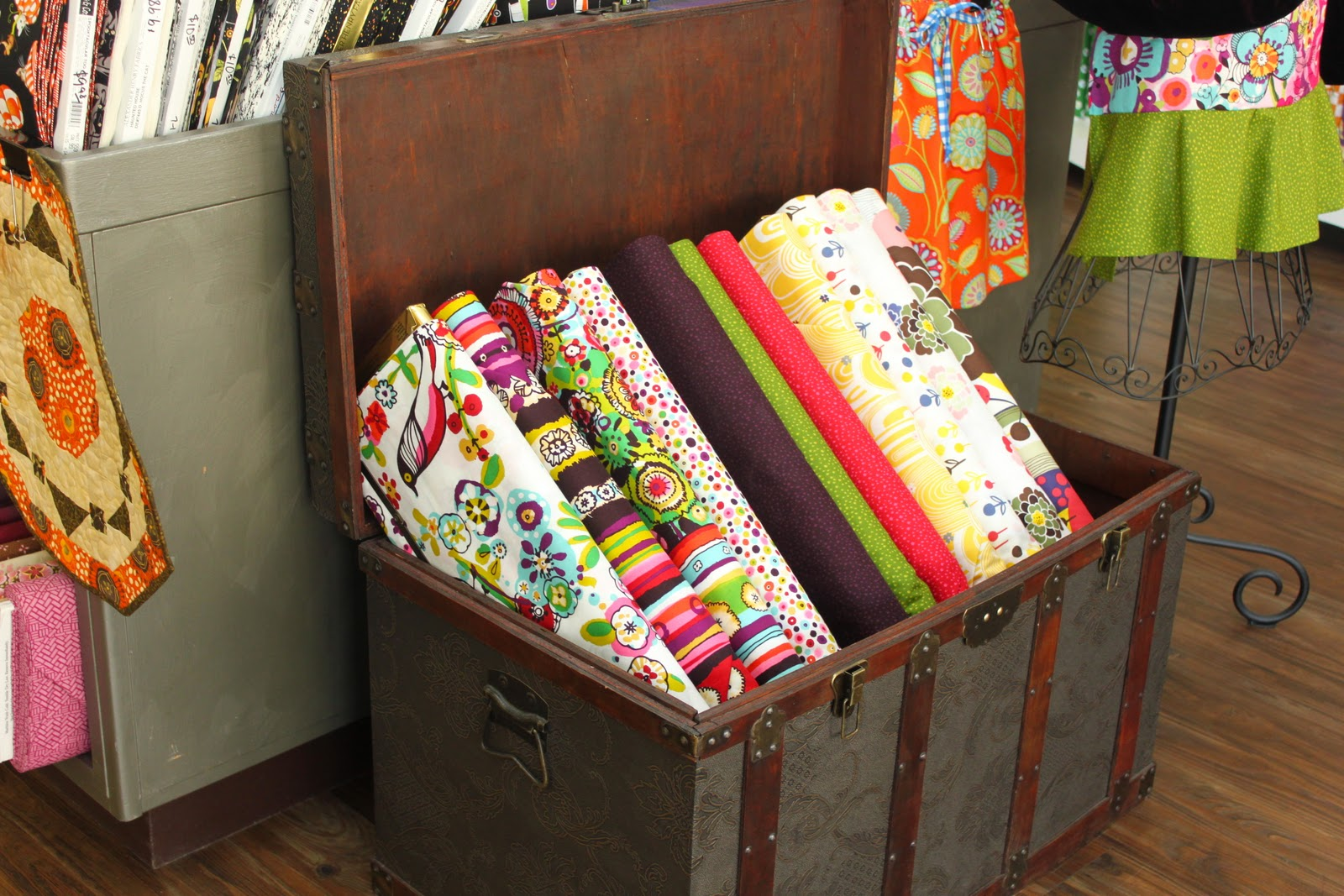 Quilting Shops In Oregon Material girls,...