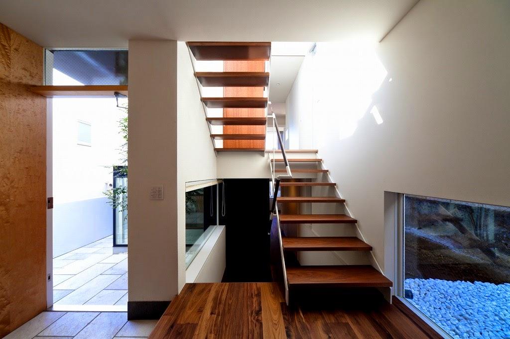 Rumah Minimalis 3 Lantai 14
