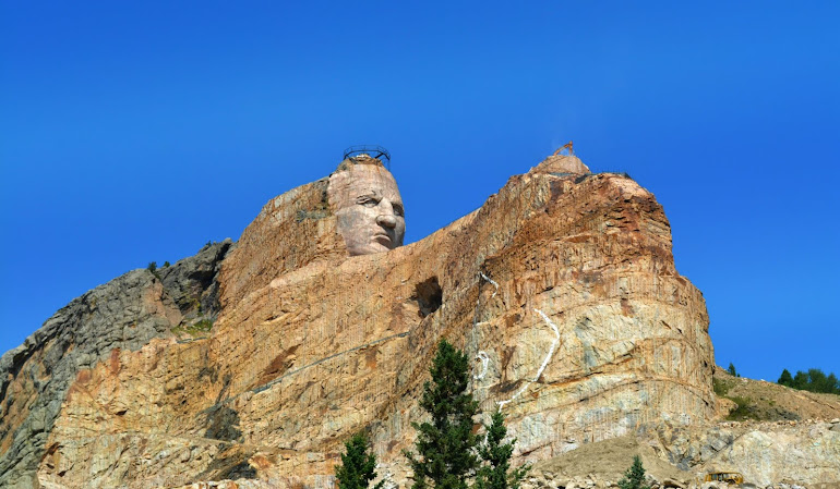 Crazy Horse Is Coming