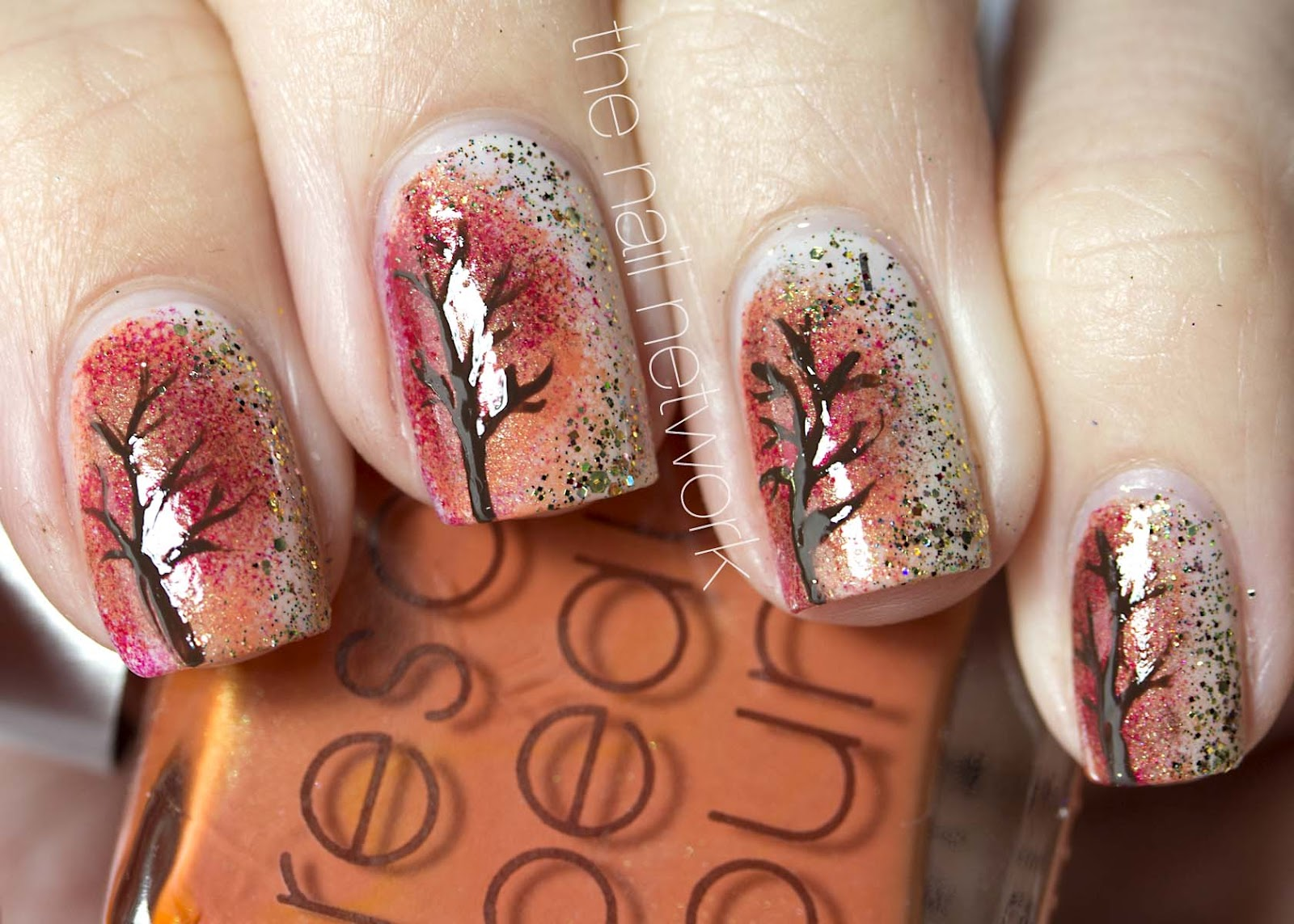 The Nail Network: Festive Autumn Tree/Foliage Nail Art