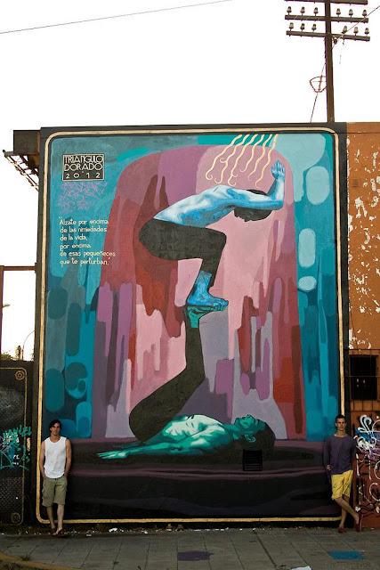 Tri ngulo dorado el ascenso new mural in buenos aires for El mural pelicula argentina