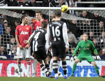 Newcastle United 3 - 0 Manchester United (2)