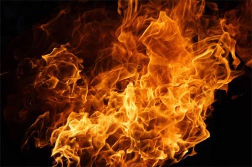Angry, Fire, Api yang membakar, api marak