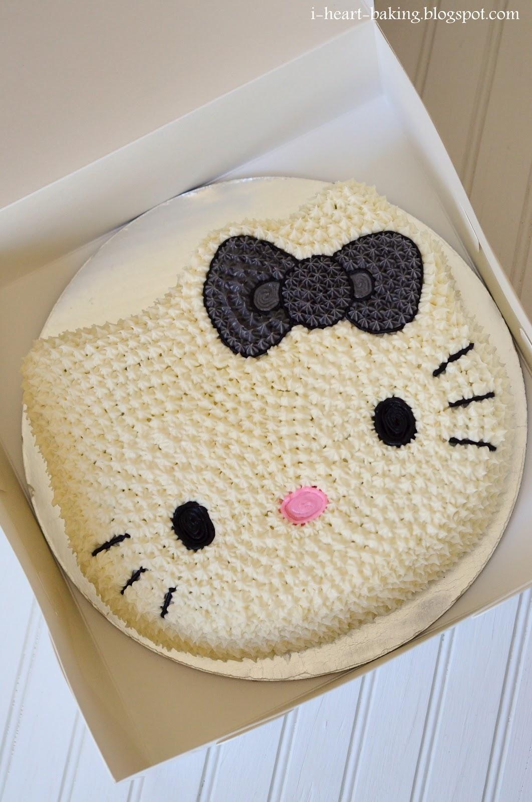 i heart baking hello kitty cake and cupcakes