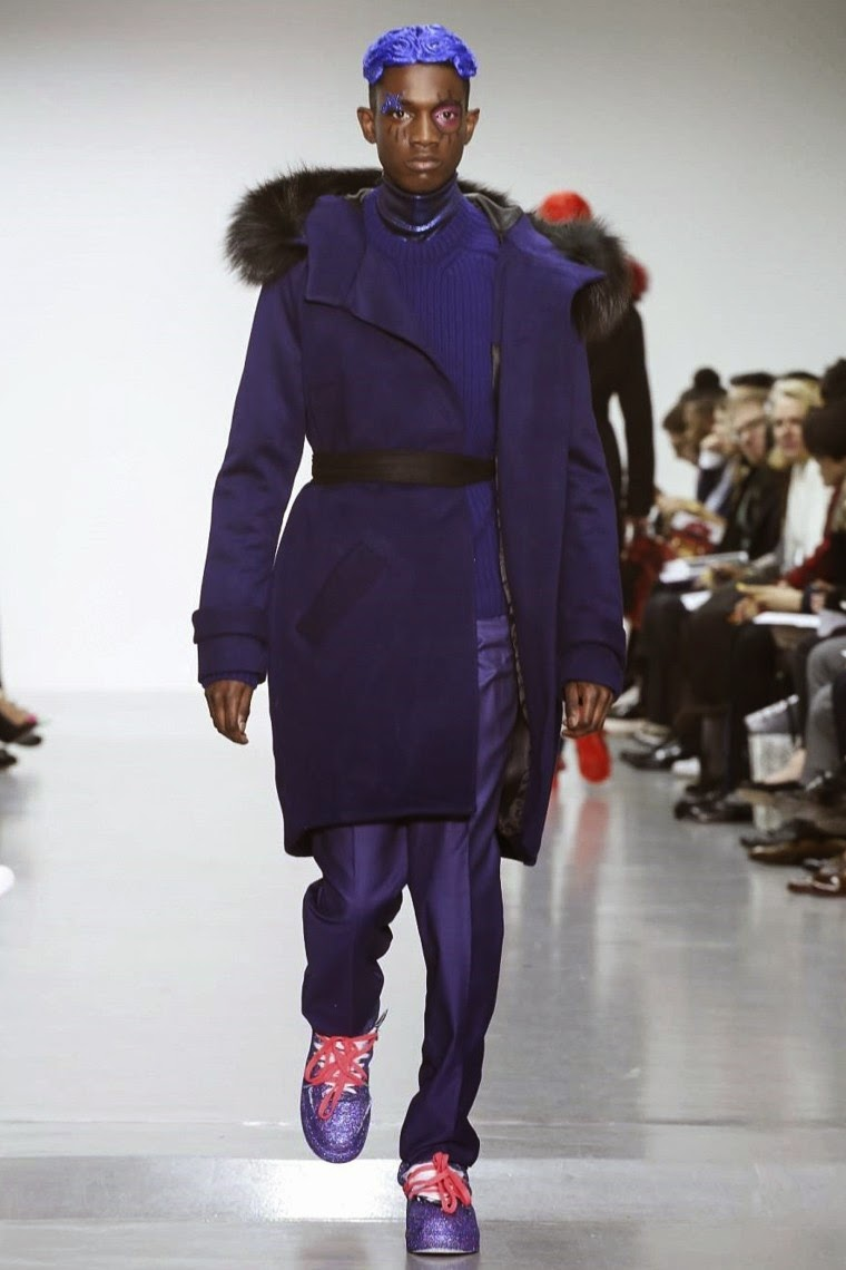 Katie Eary AW15, Katie Eary FW15, Katie Eary Fall Winter 2015, Topman Design Autumn Winter 2015, Topman Design, du dessin aux podiums, dudessinauxpodiums, LCM, London Collections Men, mode homme, menswear, habits, prêt-à-porter, tendance fashion, blog mode homme, magazine mode homme, site mode homme, conseil mode homme, doudoune homme, veste homme, chemise homme, vintage look, dress to impress, dress for less, boho, unique vintage, alloy clothing, venus clothing, la moda, spring trends, tendance, tendance de mode, blog de mode, fashion blog,  blog mode, mode paris, paris mode, fashion news, designer, fashion designer, moda in pelle, ross dress for less, fashion magazines, fashion blogs, mode a toi, revista de moda, vintage, vintage definition, vintage retro, top fashion, suits online, blog de moda, blog moda, ropa, blogs de moda, fashion tops, vetement tendance, fashion week, London Fashion Week