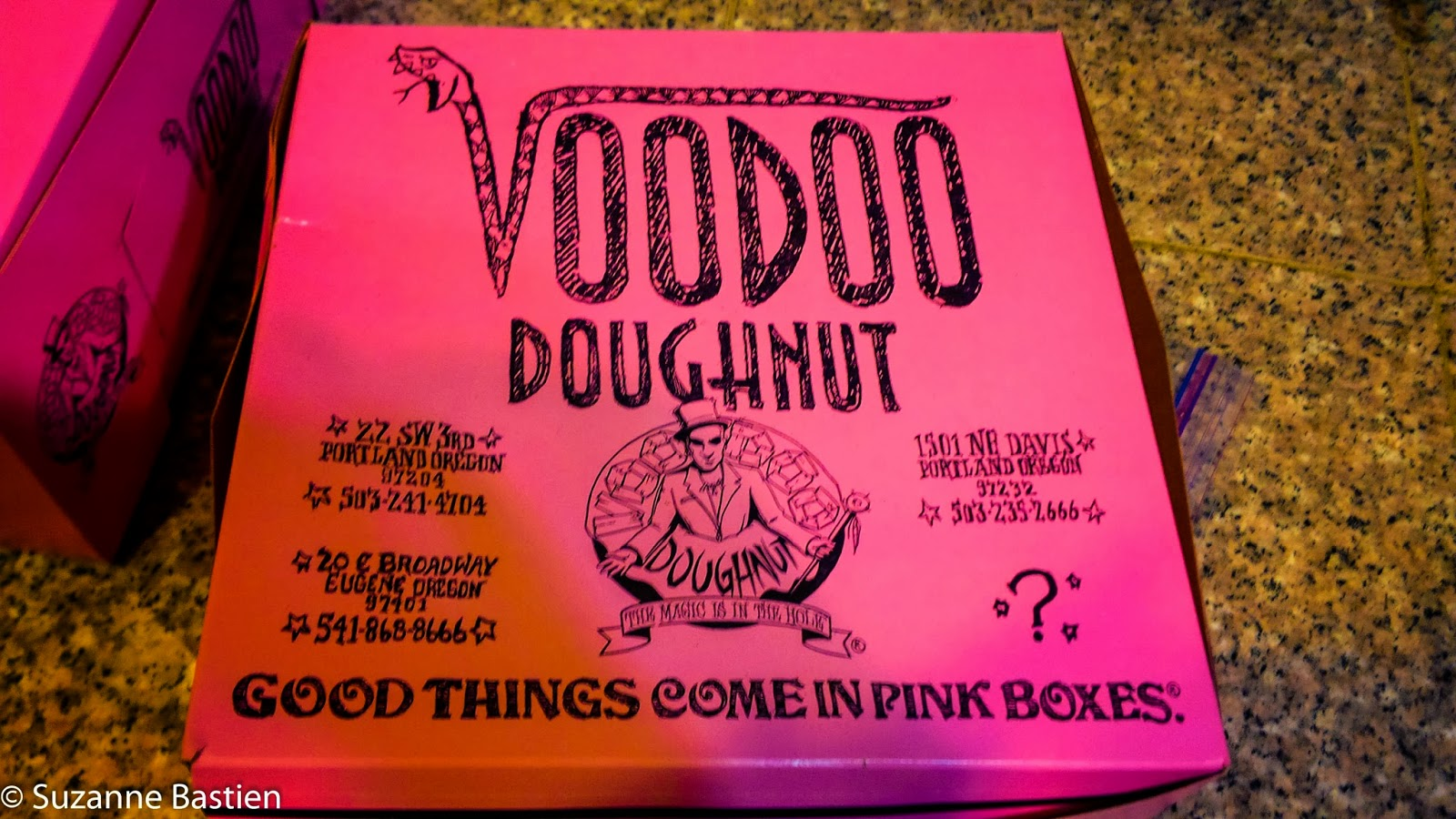 VooDoo-Doughnuts-Denver-Broncos-Fans