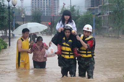 """""""LA TORMENTA DEL SIGLO"""" EN CHINA CAUSA GRAVES INUNDACIONES, 26 DE MAYO 2014"""