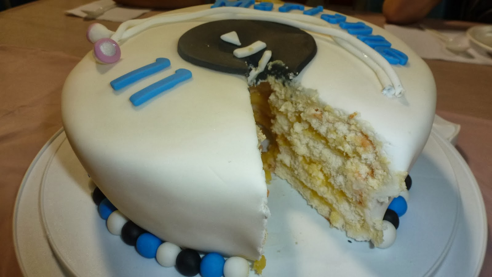 Lemon birthday cake (white angel cake)