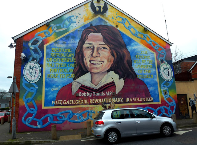 Paddy 39 s wagon brave beautiful belfast for Bobby sands mural falls road