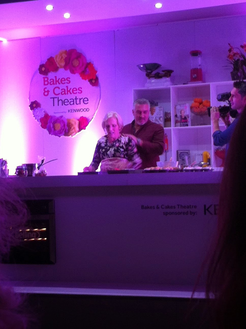 Good Food Bakes & Cakes Show Mary Berry Paul Hollywood