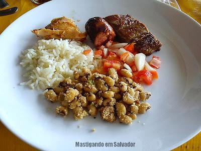 Restaurante Tebet: Churrasco com Acompanhamentos