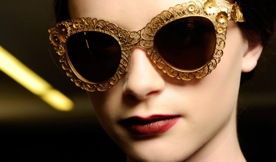 Ce ochelari se poarta vara aceasta - ochelarii, moft sau necesitate?