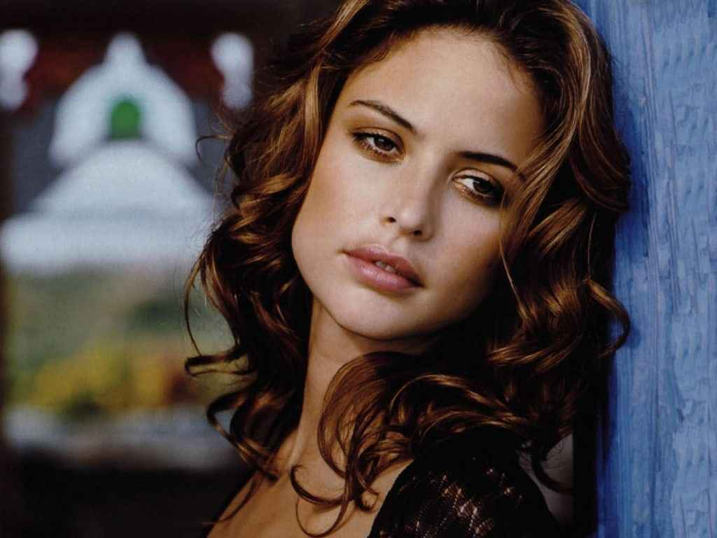 American model josie maran girls idols wallpapers and for Maran house