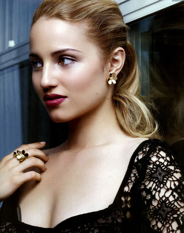 Fresh Look Celebrity Dianna Agron Hairstyles 02