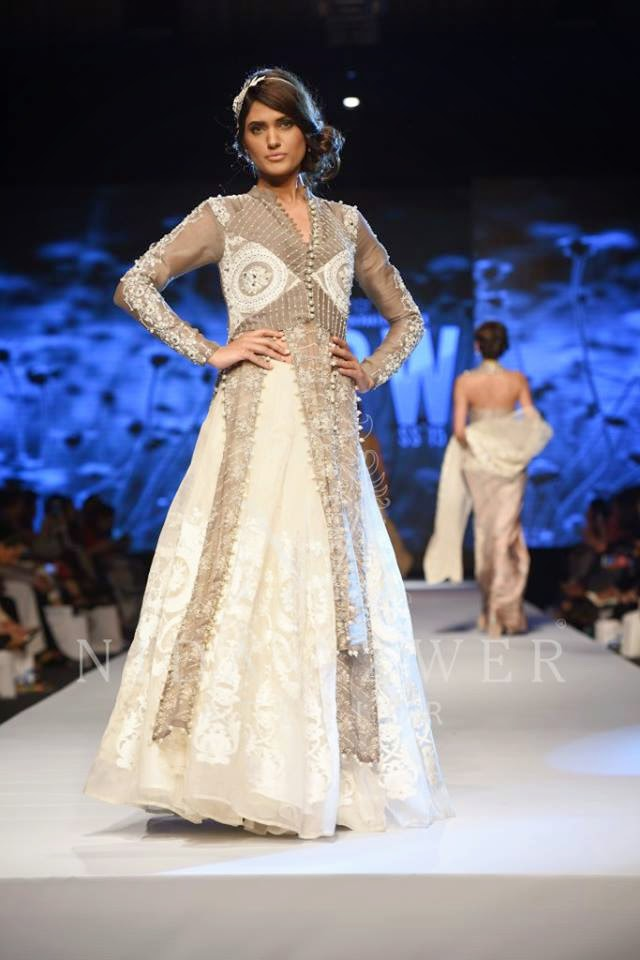 Nida Azwer white summer dress TFPW 2015