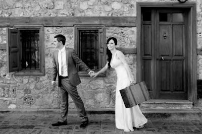 Contoh Gaya Foto Pre Wedding Unik dan keren
