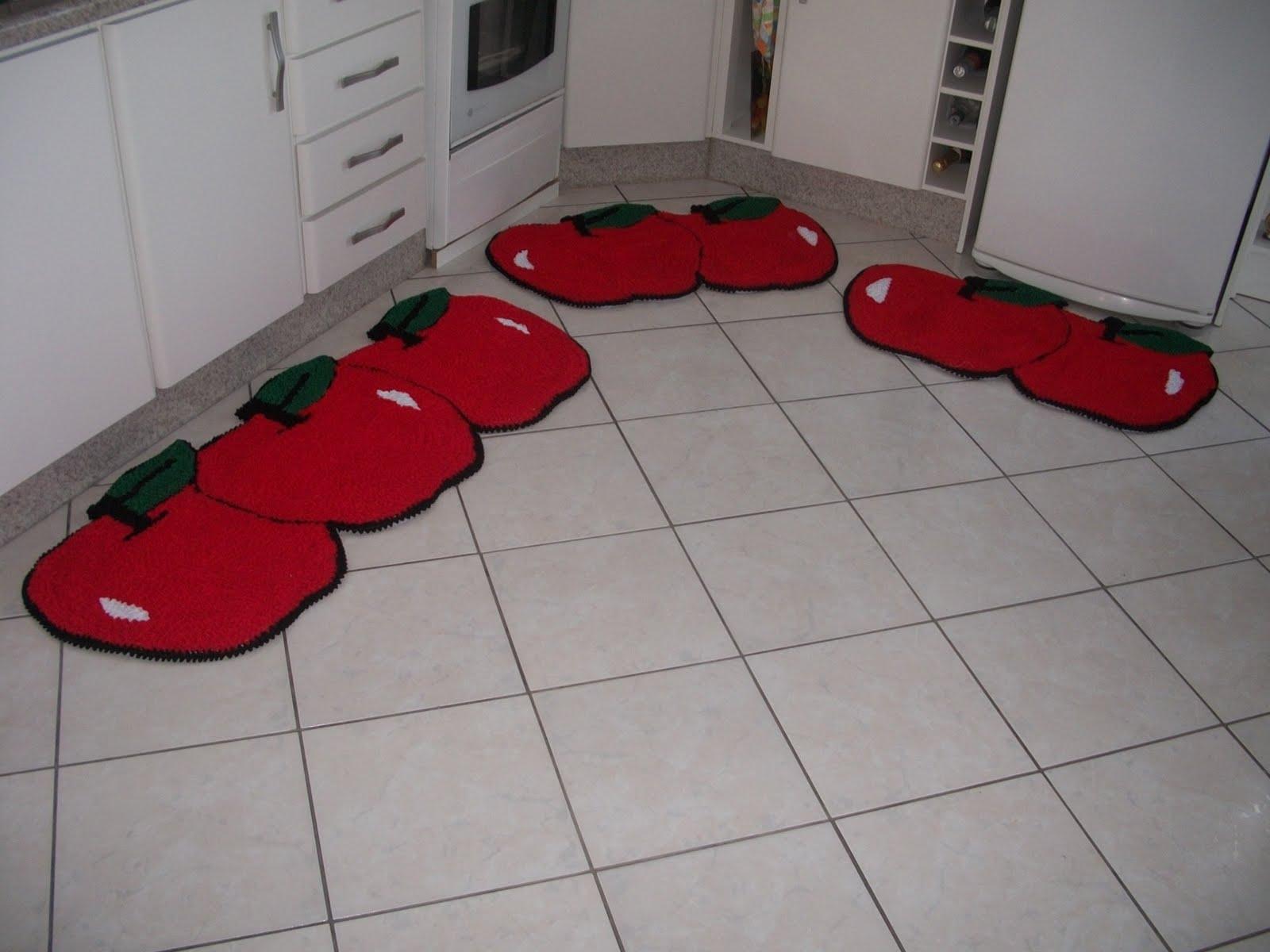 Tapetes decorados: Tapete para cozinha formato de maça