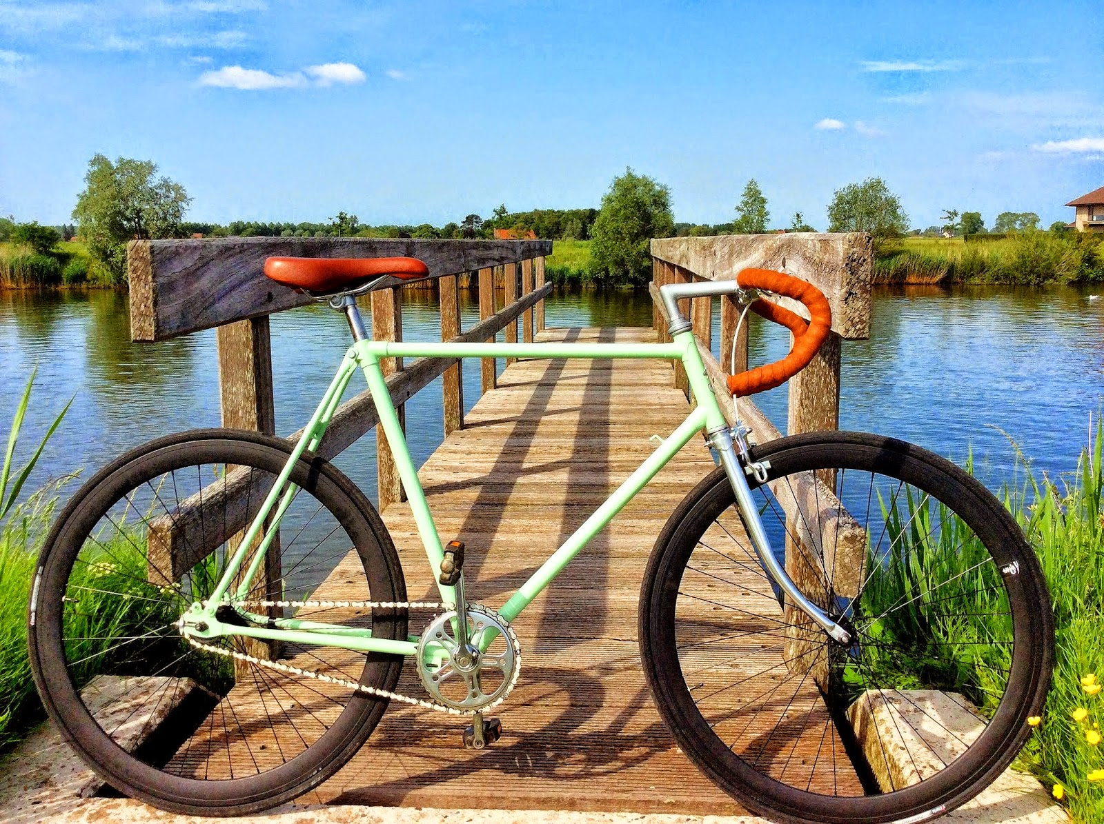 Phoenix recycled fixed gear bike by Ewout Vande Keere from Belgium
