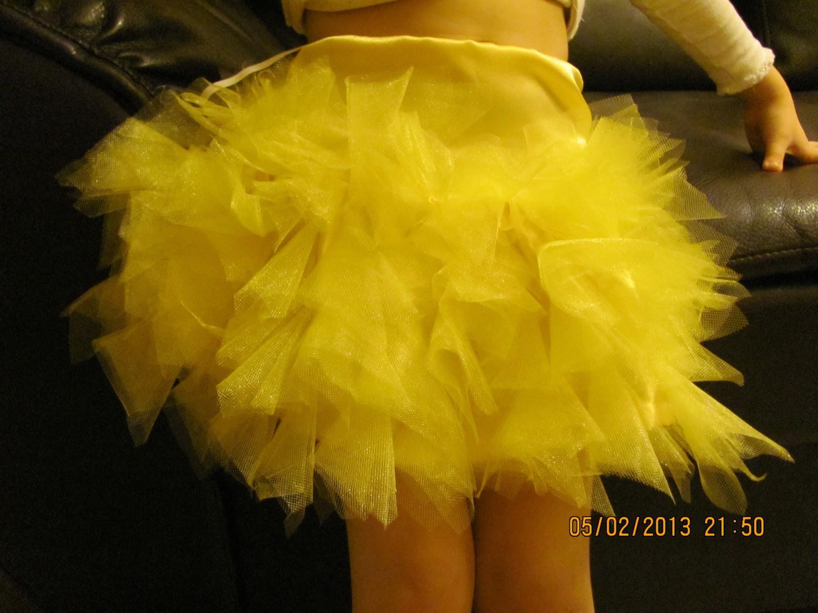 Как сшить юбку хризантему из фатина со шлейфом 19