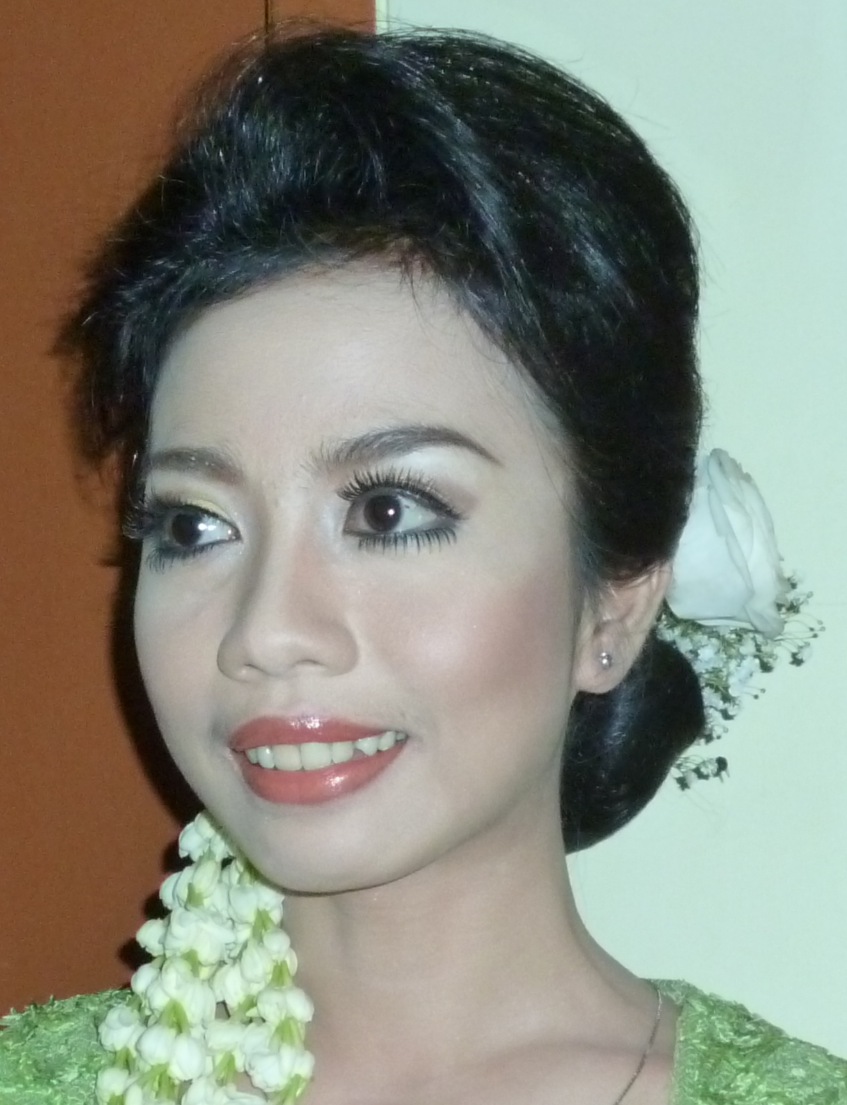Make Natural Rias Pengantin Akad