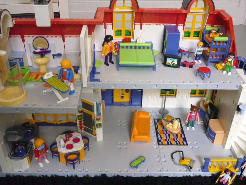 La bo te bazar maison playmobil - Maison en bois playmobil ...