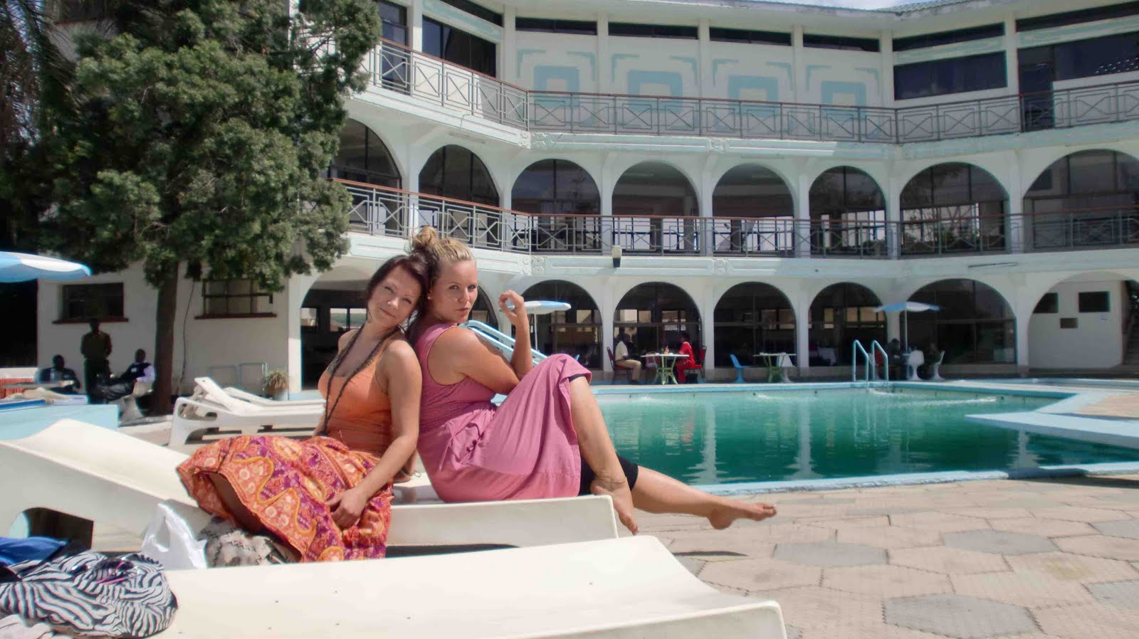 Elisabeth 39 s blog big ben of kisumu and pool in kisumu hotel for Hotels in kisumu with swimming pools