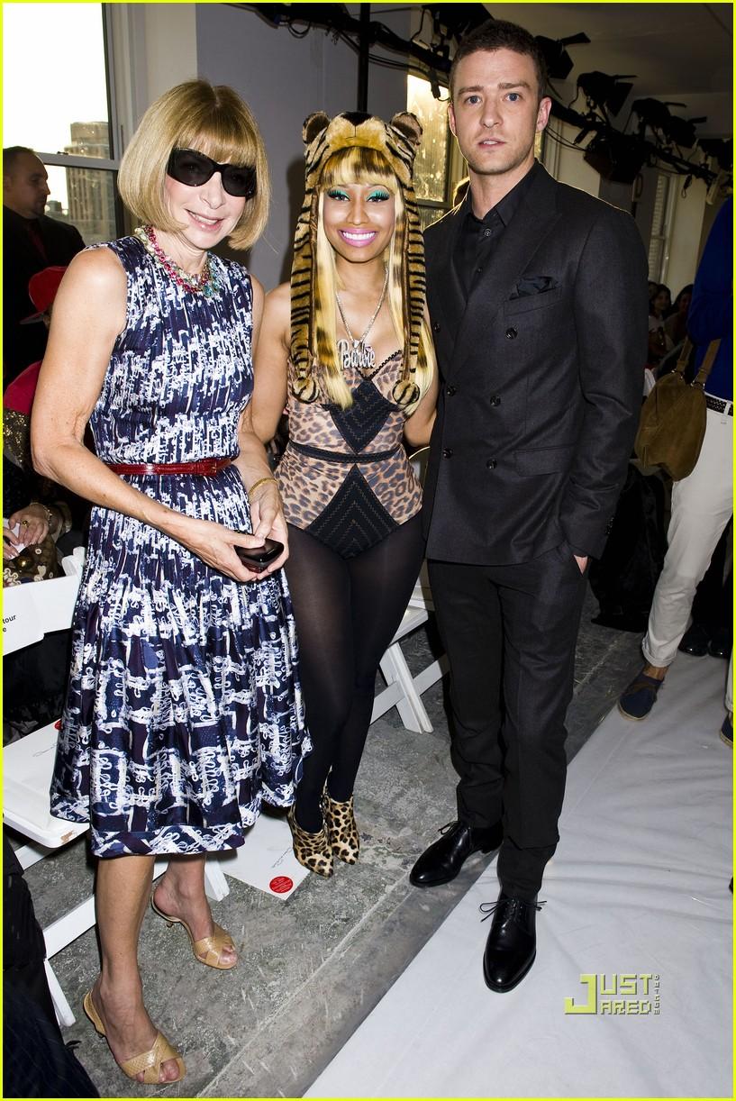 Mary-Kate Olsen and Ashley Olsen at the 2012 CFDA Fashion Awards  116511